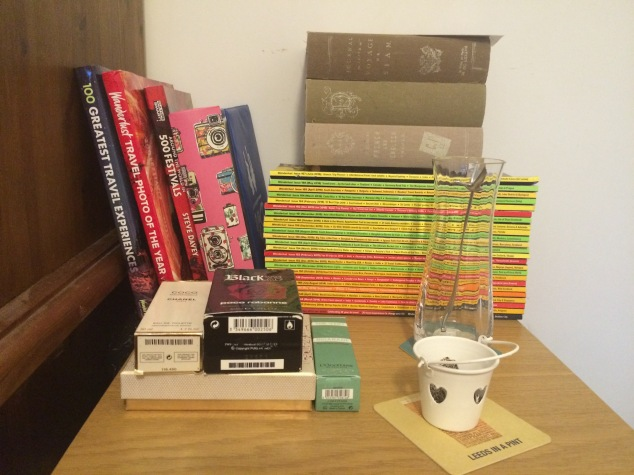 Moving house without stress - table of books