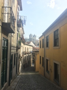 Street view of Porto Cathedral