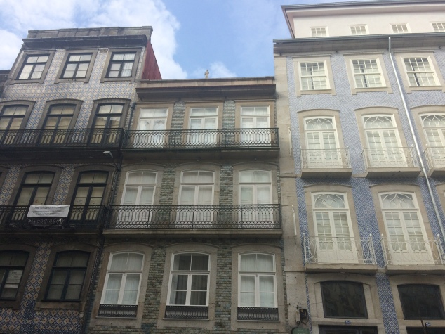 Tiled houses, Porto